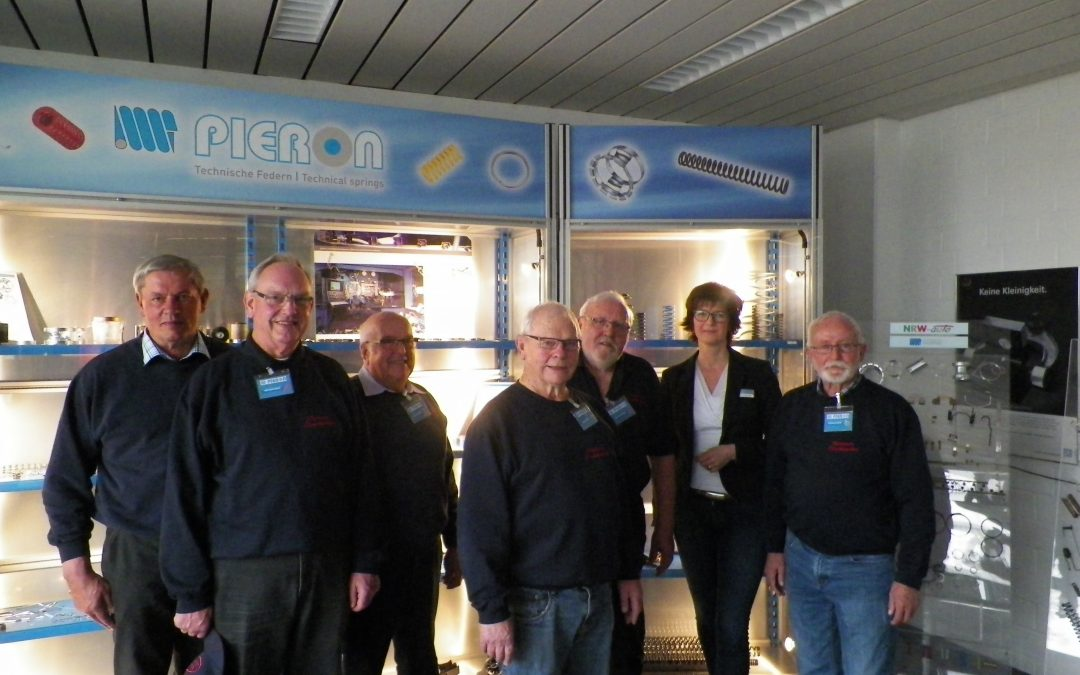 Freiwillige Feuerwehr Uedem zu Besuch bei der Pieron GmbH
