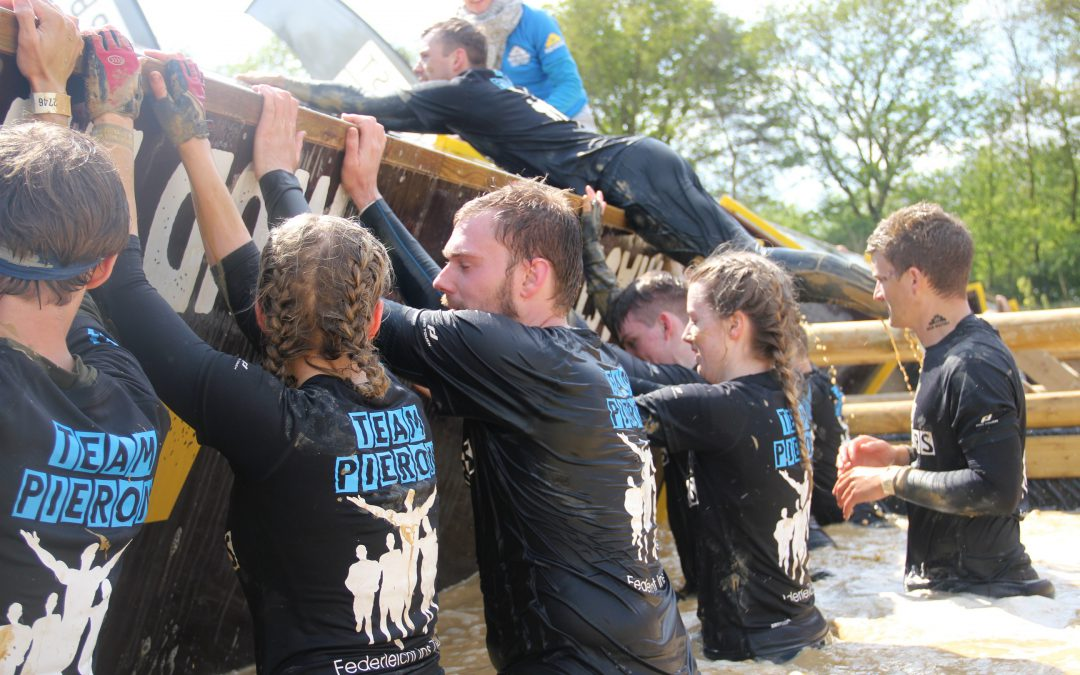 "Among the Mudmasters ""federleicht"" to the Finish"